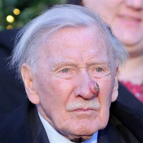 phillips commercial actress dies leslie phillips sorrow over peter o toole s death