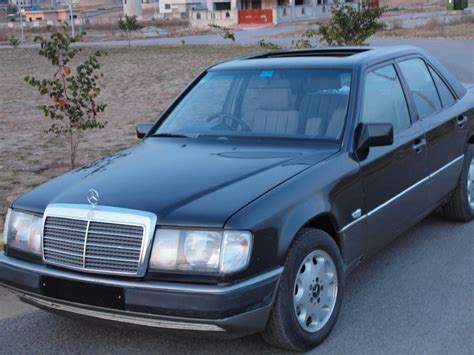 service manual 1987 mercedes benz e class remove driver door panel 2010 mercedes benz e service manual remove dash in a 1989 mercedes benz e class mercedes benz 190e instrument