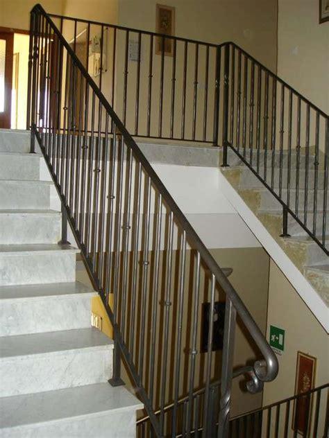 balaustre in ferro battuto per interni ringhiere e balaustre per scale e soppalchi luzzi ferro
