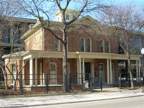 hull house jane addams hull house turns to slow museum programs
