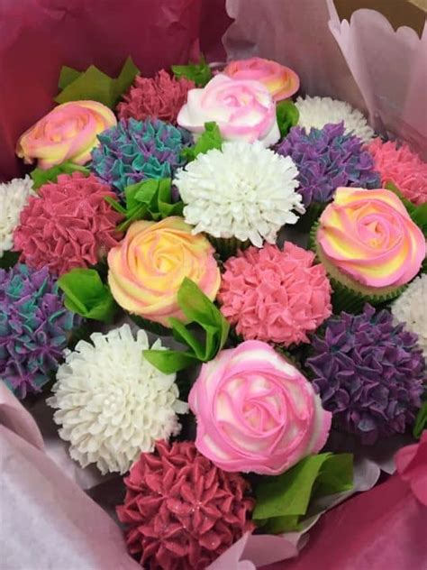 Cupcake Bouquet cupcake bouquet tutorial with the whoot