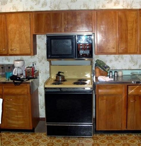 wood kitchen cabinets in the 1950s and 1960s quot unitized 17 best images about 1950s homes on pinterest pastel