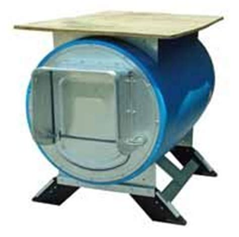 55 gallon drum dog house 1000 images about barrels reuse on pinterest 55 gallon barrels and rain barrels
