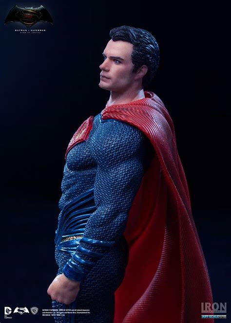 superman super site january iron studios