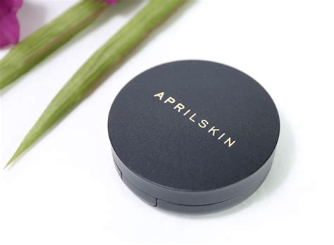 April Skin Magic Cushion Black 2 0 review ph蘯 n n豌盻嫩 april skin black magic snow cushion 2 0
