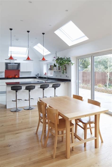 Vaulted Ceiling Kitchen Extension by The 25 Best Ideas About Vaulted Ceiling Lighting On