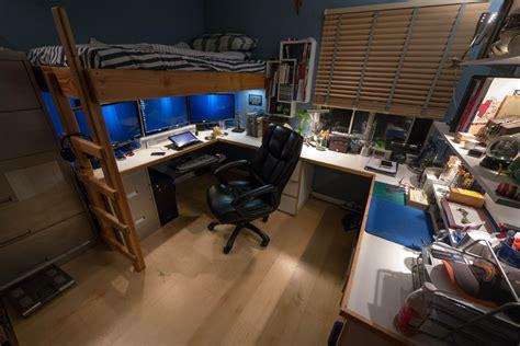 Komputer Gaming Desain Dan Editing lofted workspace 2012 space was limited in my room so i