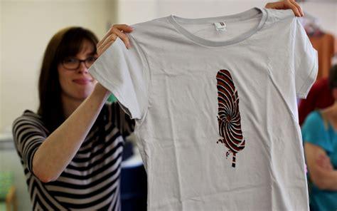 T Shirt Walcker Struggle kickstarter tees blue button apparel global