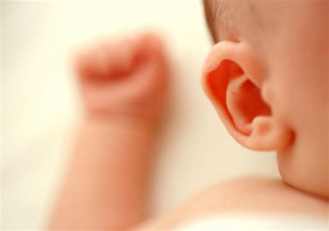 test udito neonati bimbi udito 2 donna moderna
