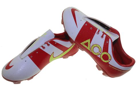 Sepatu Bola Adidas Acc Componen nike acc bola anak sepatu olahraga nike adidas reebok