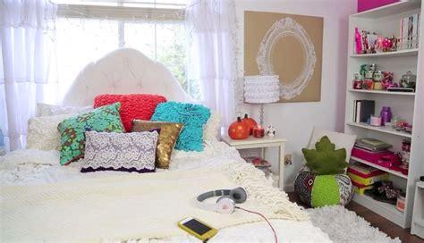 bethany mota room bethany mota s fall decor bedroom ideas