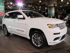 2017 jeep grand summit revealed live photos