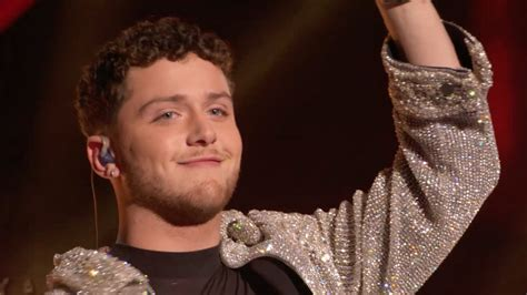 bazzi new song lebanese american singer bazzi performs at mtv video music