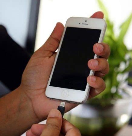Cas Hp Iphone 5 cara mengatasi layar hitam pada semua hp iphone trik jitu 2017