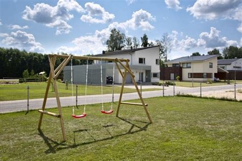 altalena da giardino prezzi altalena da giardino per bambini in legno d abete nordico