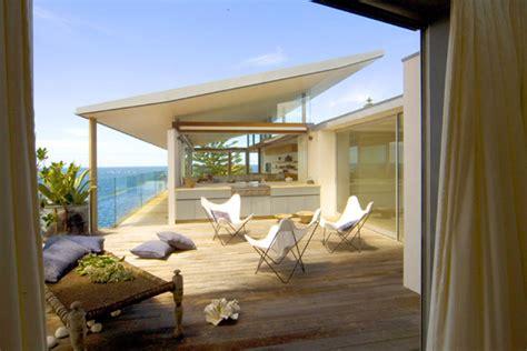 modern beach house  sydney australia modern house designs