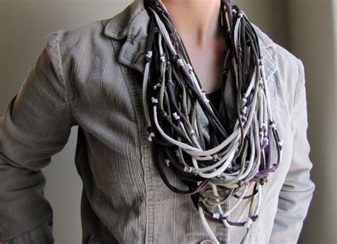 t shirt scarf necklace