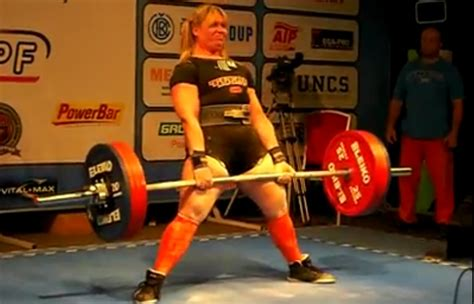 strongest bench press strongest woman bench press blyn takes home the bronze at