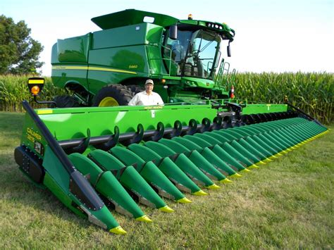 Largest Corn Planter by Calmer Corn Heads To Set Another Record 32 Row Corn
