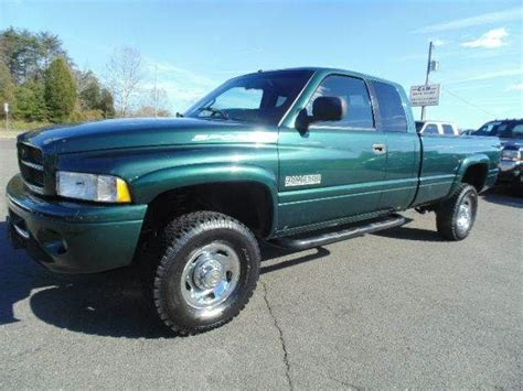dodge ram truck bed for sale www emautos com one owner 1999 dodge ram pickup 2500 sport quad cab 4x4 long bed