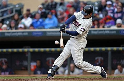 joe mauer swing joe mauer and his hall of fame career an ode to joe