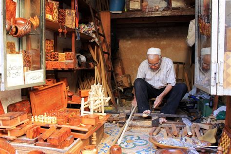 moroccan woodworking artisan shapes  trade pyxera