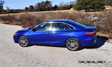 Toyota Camry Se 2015 Review 2015 Toyota Camry Se Hybrid Review 52