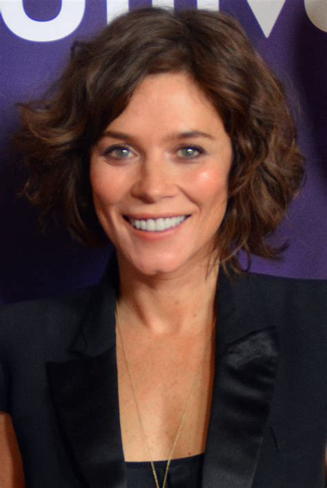 Nedlasting Filmer Anne With An E Gratis by Anna Friel So Star In Itv Drama Quot Butterfly Quot Kfm Radio