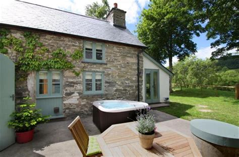 Wales Cottage Tub by Family Getaways In Wales In The Madhouse