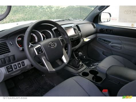 Toyota Tacoma 2013 Interior by Graphite Interior 2013 Toyota Tacoma Access Cab 4x4 Photo 72835626 Gtcarlot