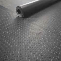 dealmonger gladiator garageworks roll floor covering for