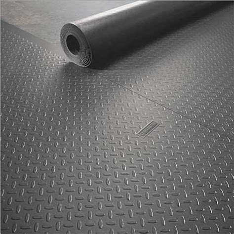 Rubber Floor Covering Dealmonger Gladiator Garageworks Roll Floor Covering For 471 Toolmonger