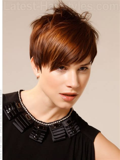 how to make bob haircut look piecy messy pixie haircut