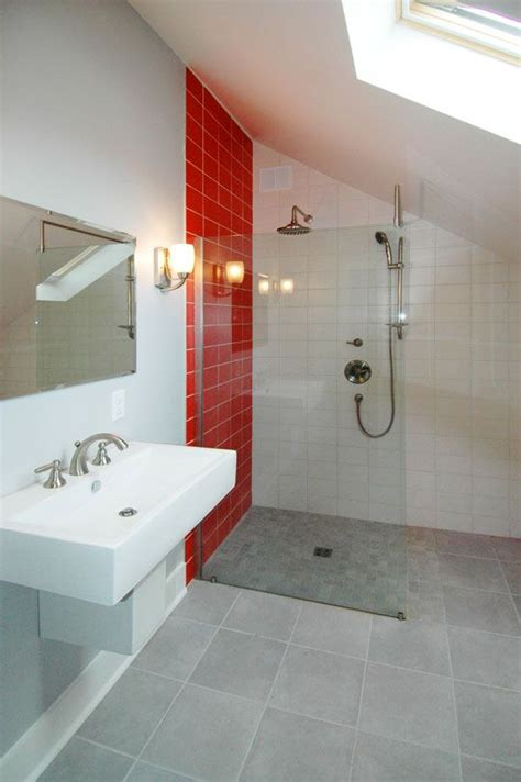 bathroom with red accents the o jays accent walls and love this on pinterest