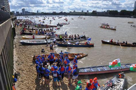 thames boating holidays thames boating thames cruises thames boats thames boat hire