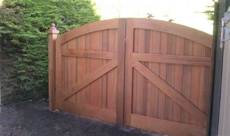 Driveway Gate Designs Wood Houzz Wooden Gates Studio Design Gallery Best Design