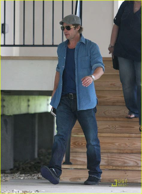 Background Check New Orleans Brad Pitt Checks Up On New Orleans Photo 2475885 Brad Pitt Pictures Just Jared