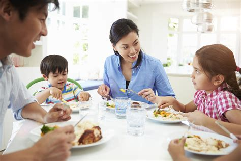 Family Dinner Table by Back To School Back To The Dinner Table