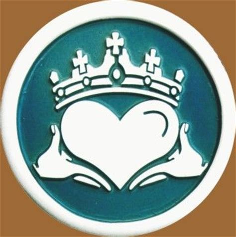 tattoo equipment ireland 45 best images about claddagh symbol on pinterest