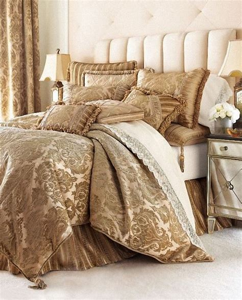 best bed linen best 25 luxury bedding sets ideas on pinterest