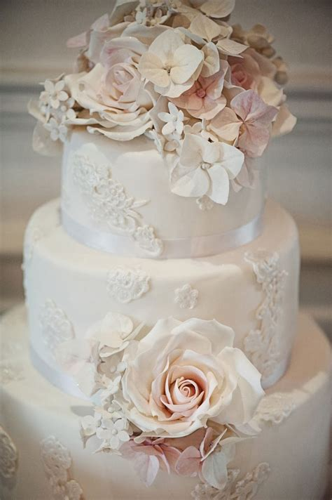 Vintage Wedding Cakes by Adored Vintage 10 Vintage Inspired Wedding Cakes