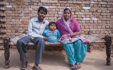 parveen babi natak padres de la beb 233 m 225 s gorda del mundo temen que muera