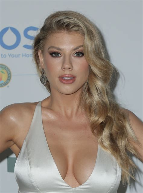 Charlotte Mckinney Sexy 43 Photos Thefappening
