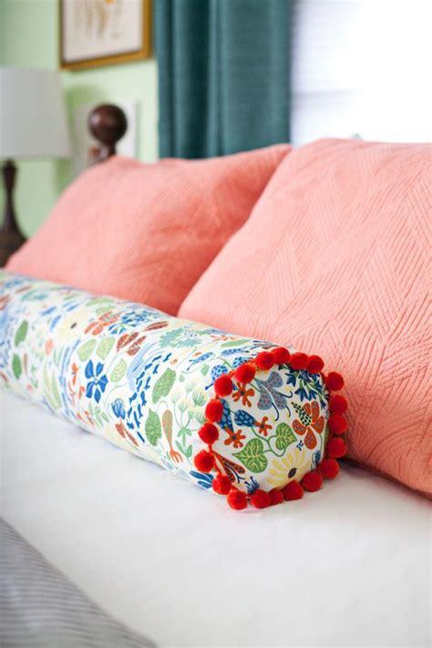 bolster pillow for queen size bed diy sewing a bolster pillow quot diy home decor ideas