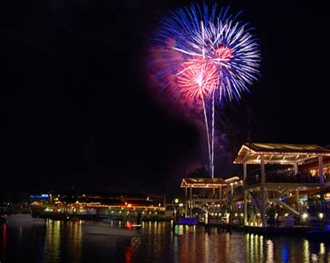 fireworks new years miami new years events in miami miami new years events 2017