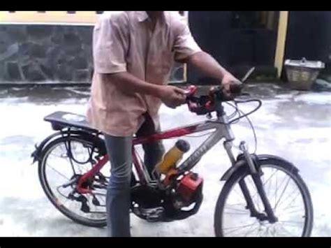 Sepeda Dengan Mesin Potong Rumput sepeda onthel mesin