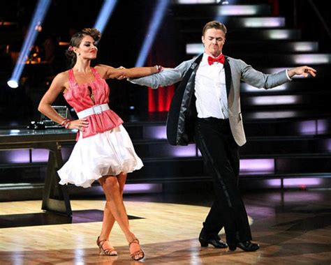 are the dances shorter this season on dwts maria menounos is no longer dancing ny daily news