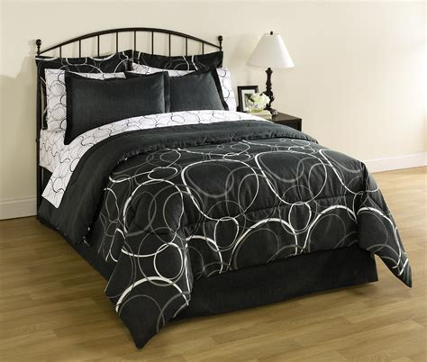 Essential Home 8 Piece Complete Bed Set Interlocking Bedding Sets For Beds