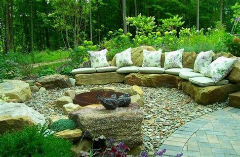 Sitzecke Garten Stein by Sch 246 Ne Landschaft Im Garten Kieselsteine Und Flusssteine