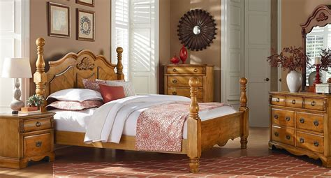 honey pine bedroom furniture georgetown golden honey pine poster bedroom set from